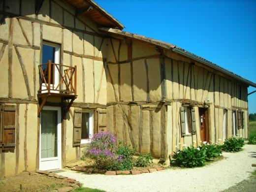 Chambres d'hôtes de charme , Belliette, cazaubon 32150