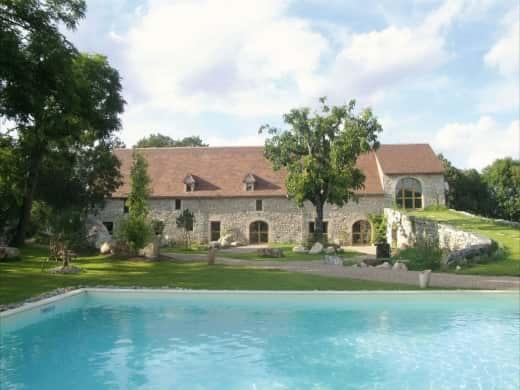 Chambres d'hôtes de charme , Chambres et Jardin de Pierres, espedaillac 46320