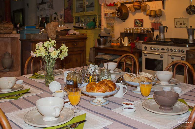 Chambres d'hôtes Luna-Paranque rognes 13840 N° 2