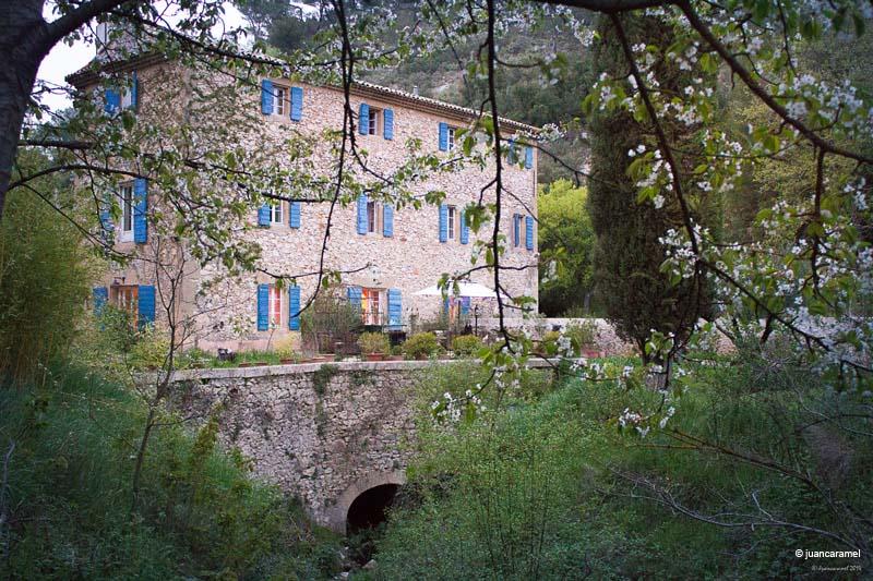 Chambres d'hôtes Luna-Paranque rognes 13840 N° 6