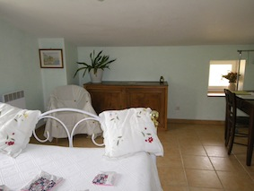 Chambres d'hôtes Codorier hauterives 26390 N° 2