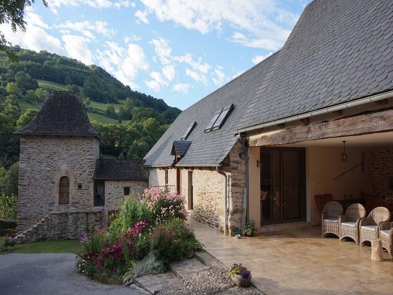 Chambres d'hôtes de charme , Le Domaine de la Rousselie, prades d aubrac 12470