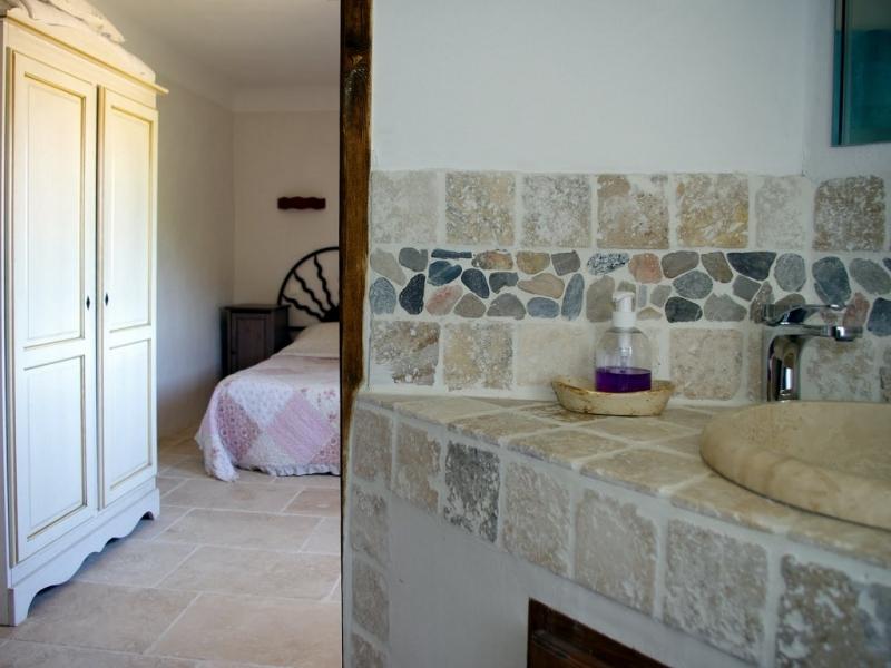Chambres d'hôtes Geynet gargas 84400 N° 8