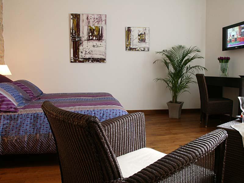 Chambres d'hôtes Van Peteghem uchaud 30620 N° 1