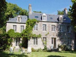 Chambres d'hôtes de charme , Maison d'hôtes Le Haut Moncel, genets 50530