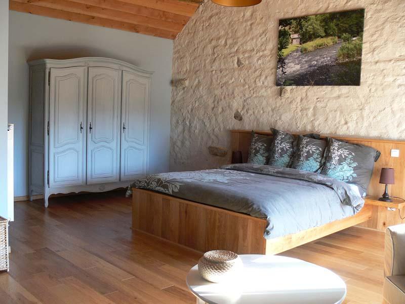 Chambres d'hôtes Dhondt-Francque charensat 63640 N° 5