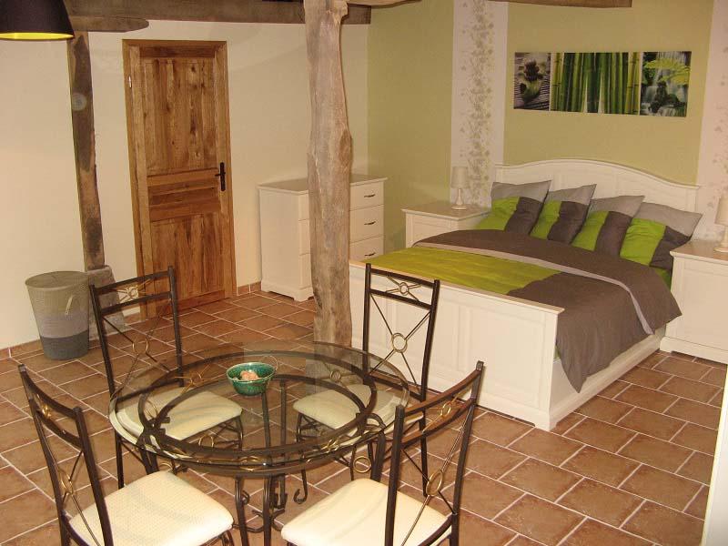 Chambres d'hôtes Dhondt-Francque charensat 63640 N° 4