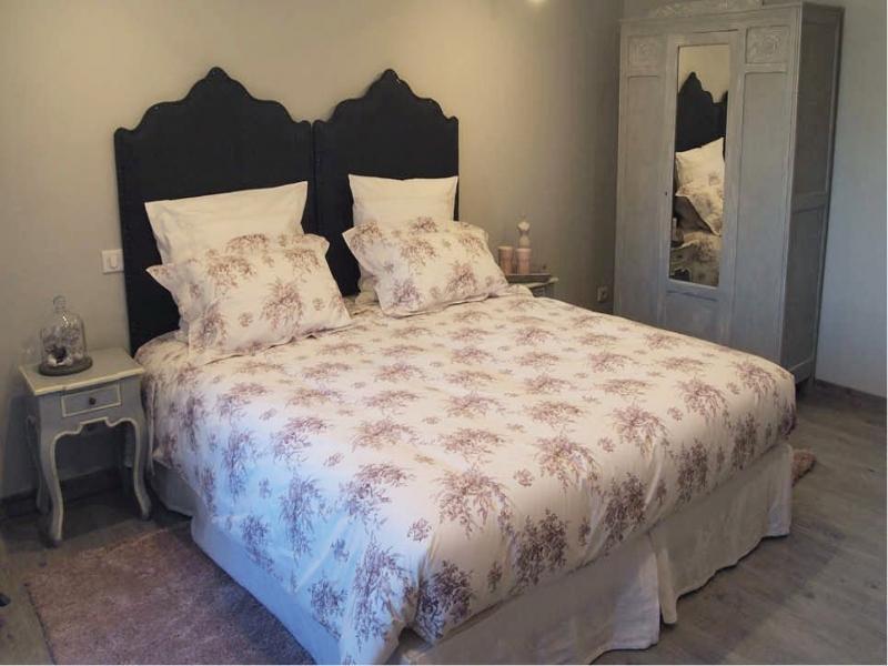 Chambres d'hôtes Grassi chateauneuf de gadagne 84470 N° 6