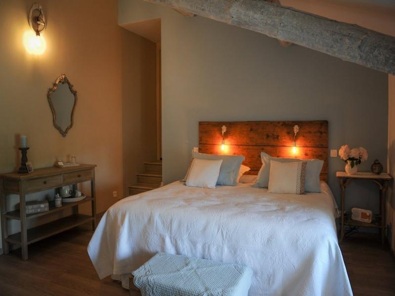 Chambres d'hôtes Grassi chateauneuf de gadagne 84470 N° 12